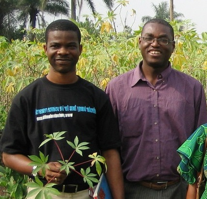 Chiedozie Egesi (left) and Emmanuel Okogbenin (right) in a cassava field.